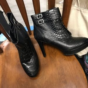 Rock port Ankle boots 4 inch